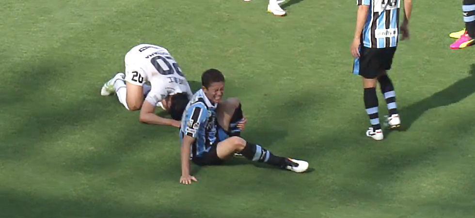 奈良竜樹選手怪我で離脱 五輪絶望 左脛骨骨折で全治4カ月