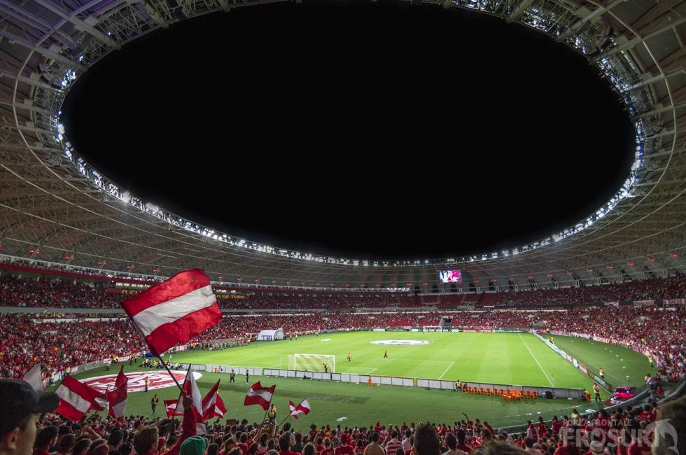 近未来のサッカー観戦!? VR動画でサッカーを見てみる