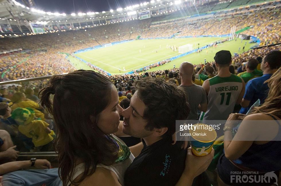 カップルでのサッカー観戦は、恋人仲・夫婦仲・家族仲が高まる。等々力劇場だと更に高まる。