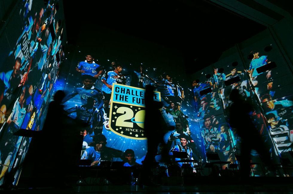 川崎フロンターレの新体制発表会、ニコ生とPeriscopeでライブ配信
