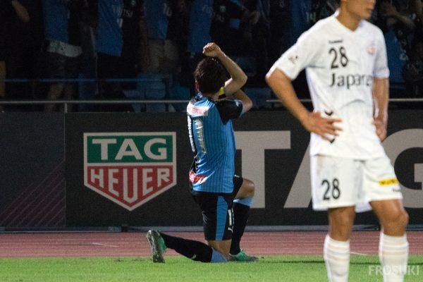 秀樹にワルンタ・ヴィヴィくん等見所満載、灼熱の中断明け最初のホーム試合は長崎に勝利し4連勝。